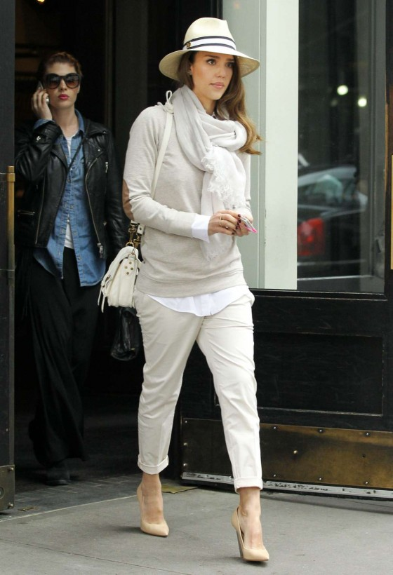 Jessica Alba – Candids in New York-02