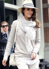 Jessica Alba - Look like a spy - Candids in New York