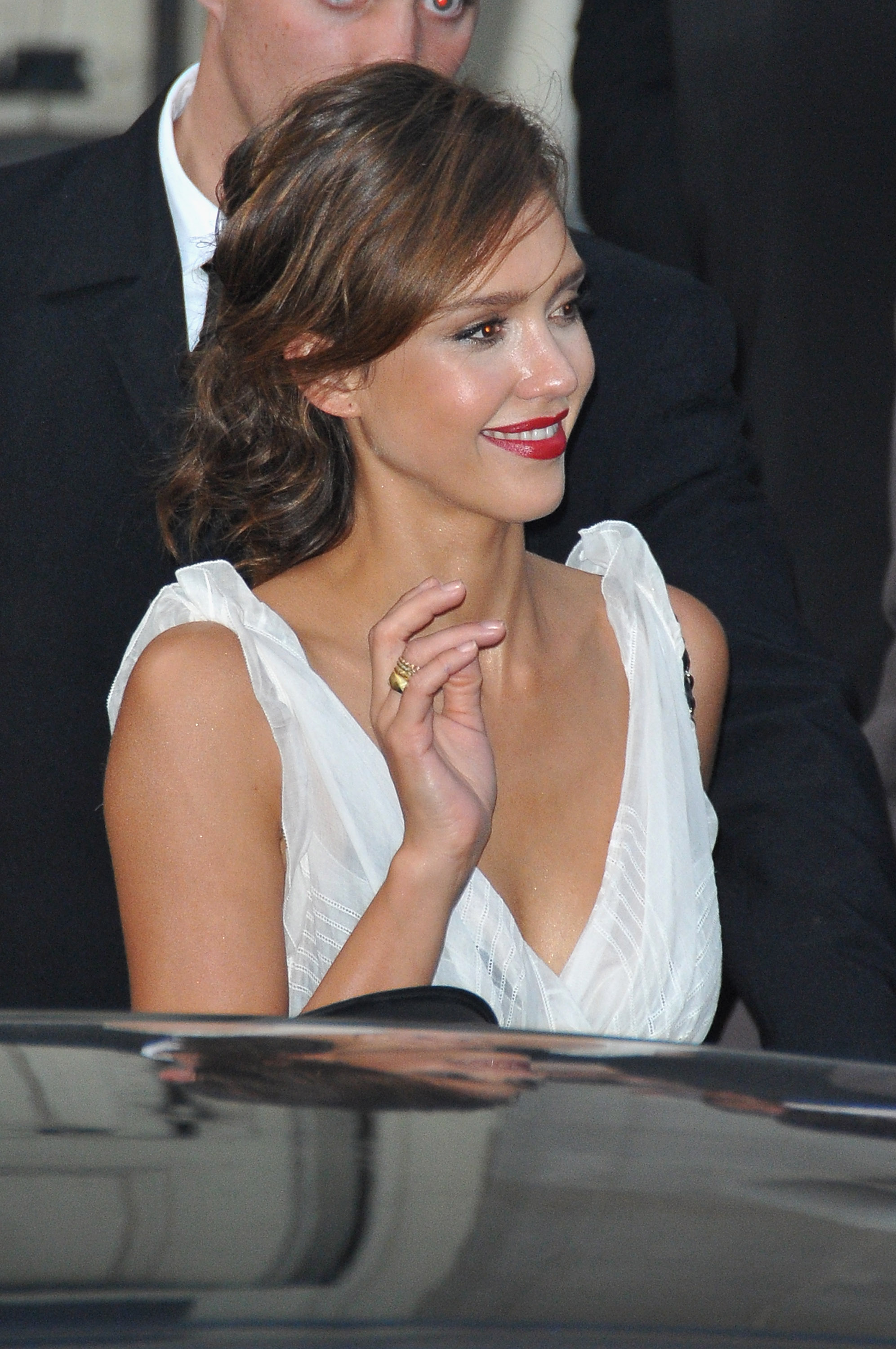 Jessica Alba's Shows Serious Cleavage naked (27 photos), Fappening Celebrites photo