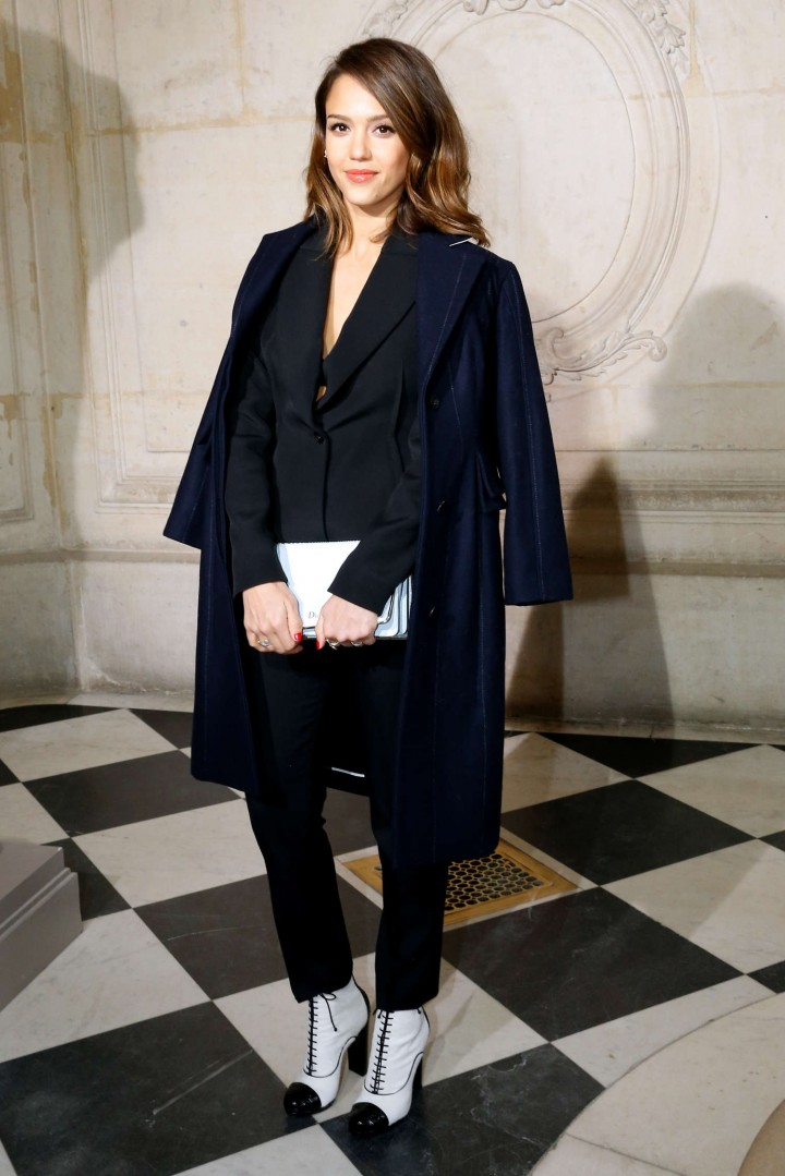 Jessica Alba Dior Fashion Show In Paris 06 Gotceleb
