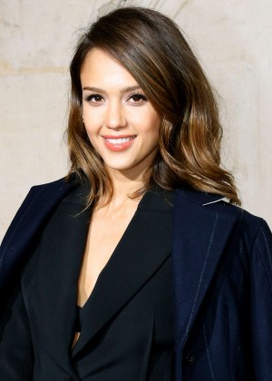 Jessica Alba: Dior Fashion Show in Paris -12