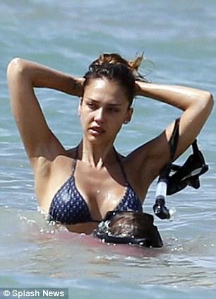 Jessica Alba In a bikini On vacation in Mexico-05