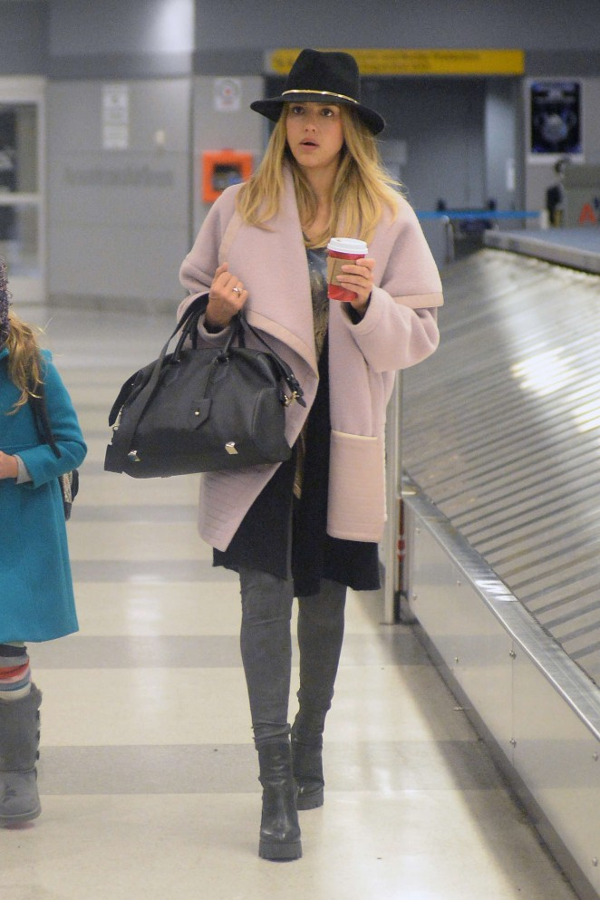 Jessica Alba - JFK Airport in NYC