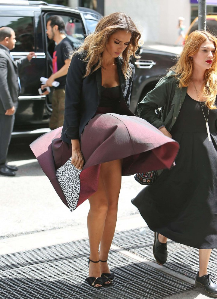 Jessica Alba skirt flew up and experienced a Marilyn Monroe moment at Trump Soho hotel in NYC