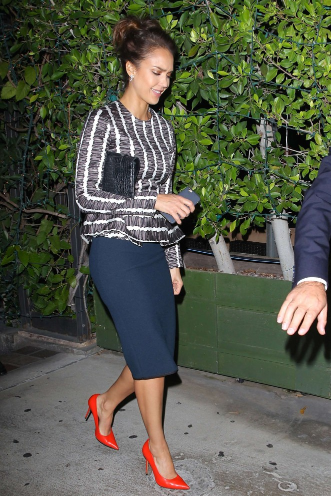 Jessica Alba - Leaving Ago Restaurant in West Hollywood