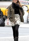 Jessica Alba - Leggy candids in New York-04