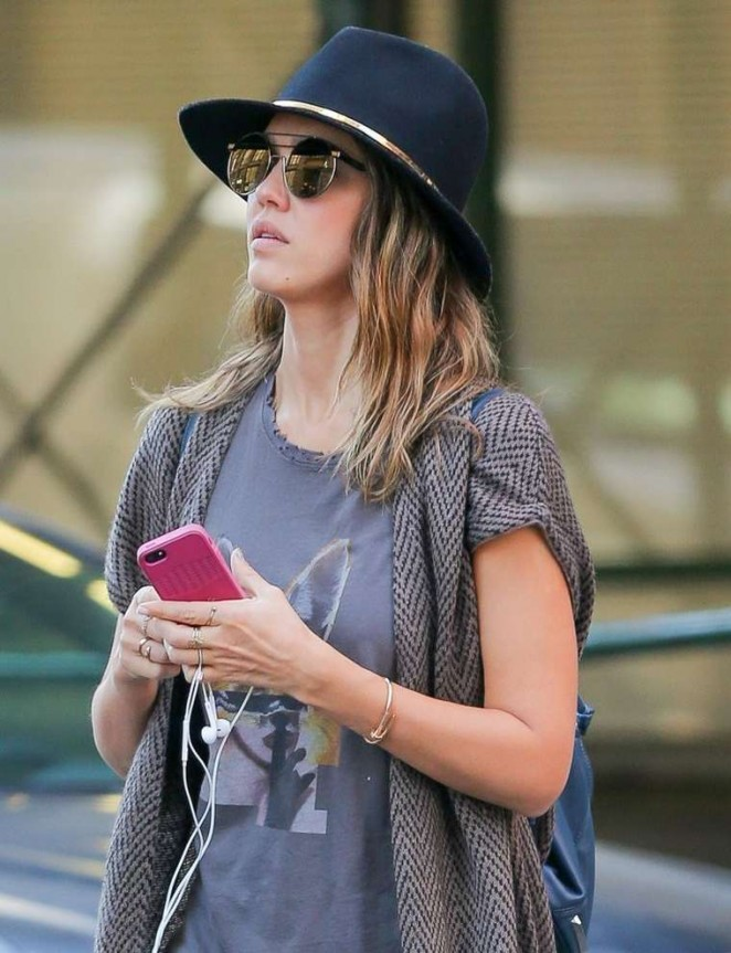 Jessica Alba With Hat out shopping in New York