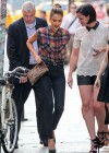 Jessica Alba - Shopping candids in Soho -04