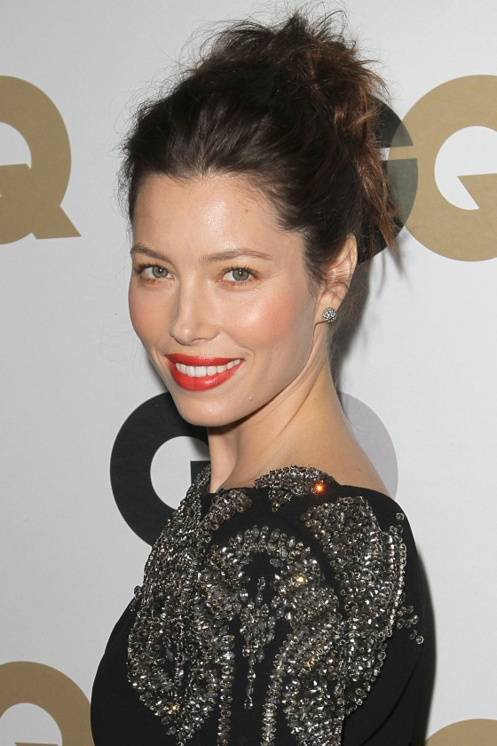 Jessica Biel – Hot In Black Tight Dress at 2011 GQ Men of the Year Party-04
