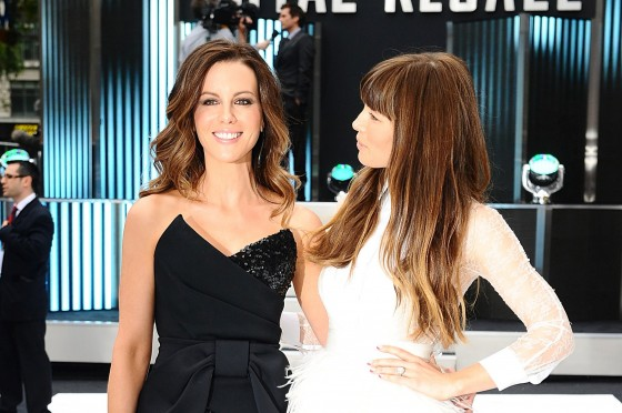 Jessica Biel and Kate Beckinsale hot in tight dress-13