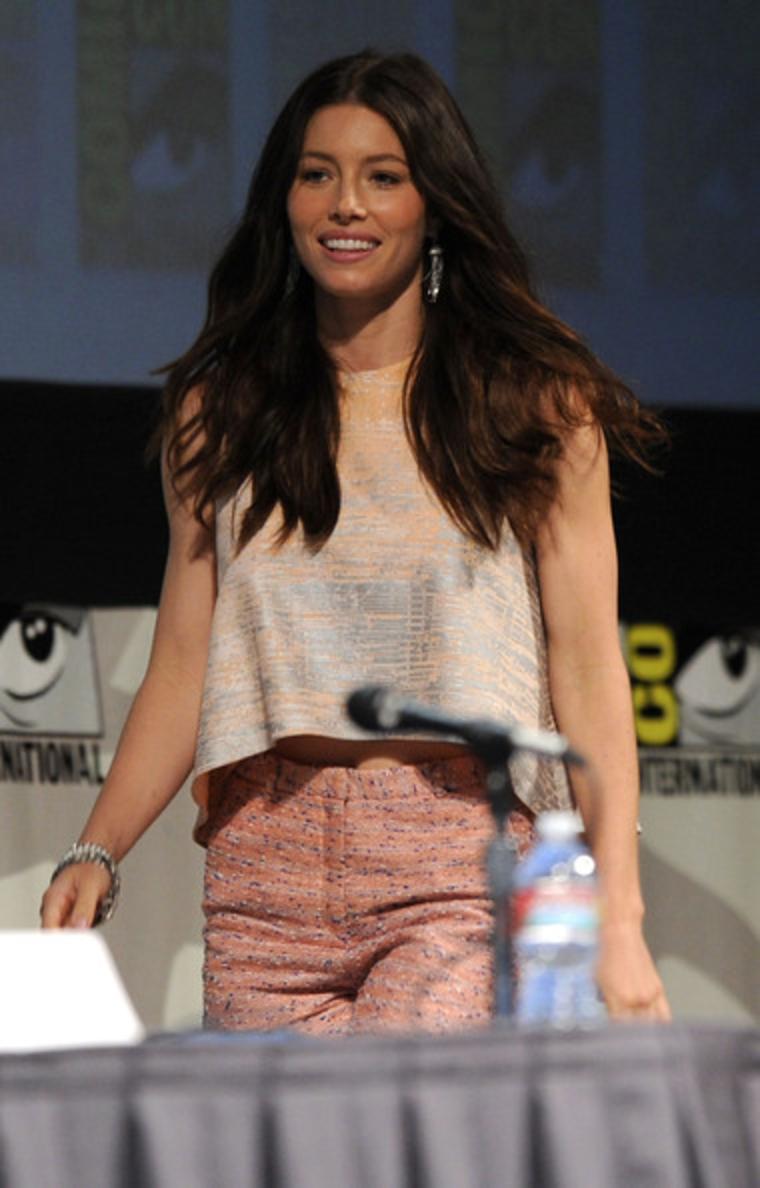 Jessica Biel Wearing S... Jessica Biel