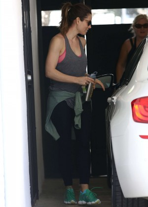 jessica-biel-leaving-the-gym-in-west-hollywood-04