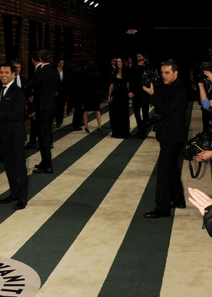 Jessica Biel: Oscar 2014 - Vanity Fair Party -04