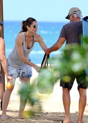 Jessica Biel in Black Bikini in Maui -43