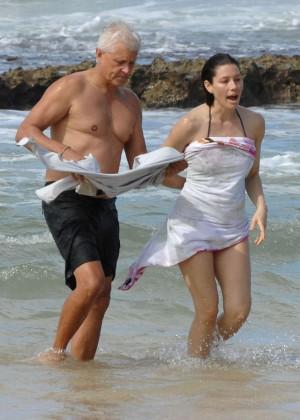 Jessica Biel in Black Bikini in Maui -45