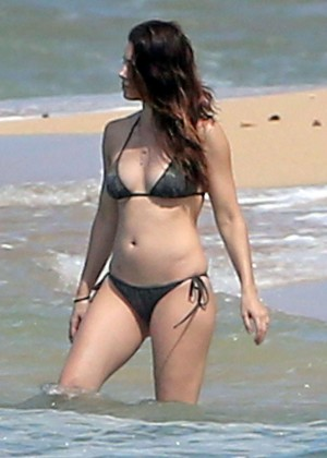 Jessica Biel in Black Bikini on a beach in Maui