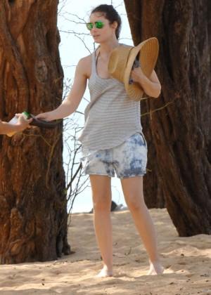 Jessica Biel in Black Bikini in Maui -54