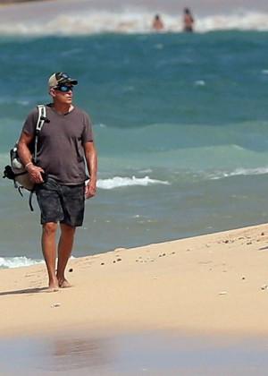 Jessica Biel in Black Bikini in Maui -72