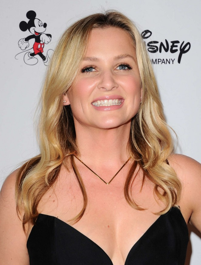 Jessica Capshaw – 10th Annual GLSEN Respect Awards in Beverly Hills