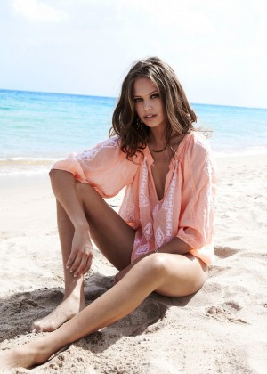Jessica Clarke: Melissa Odabash 2014 Collection -13