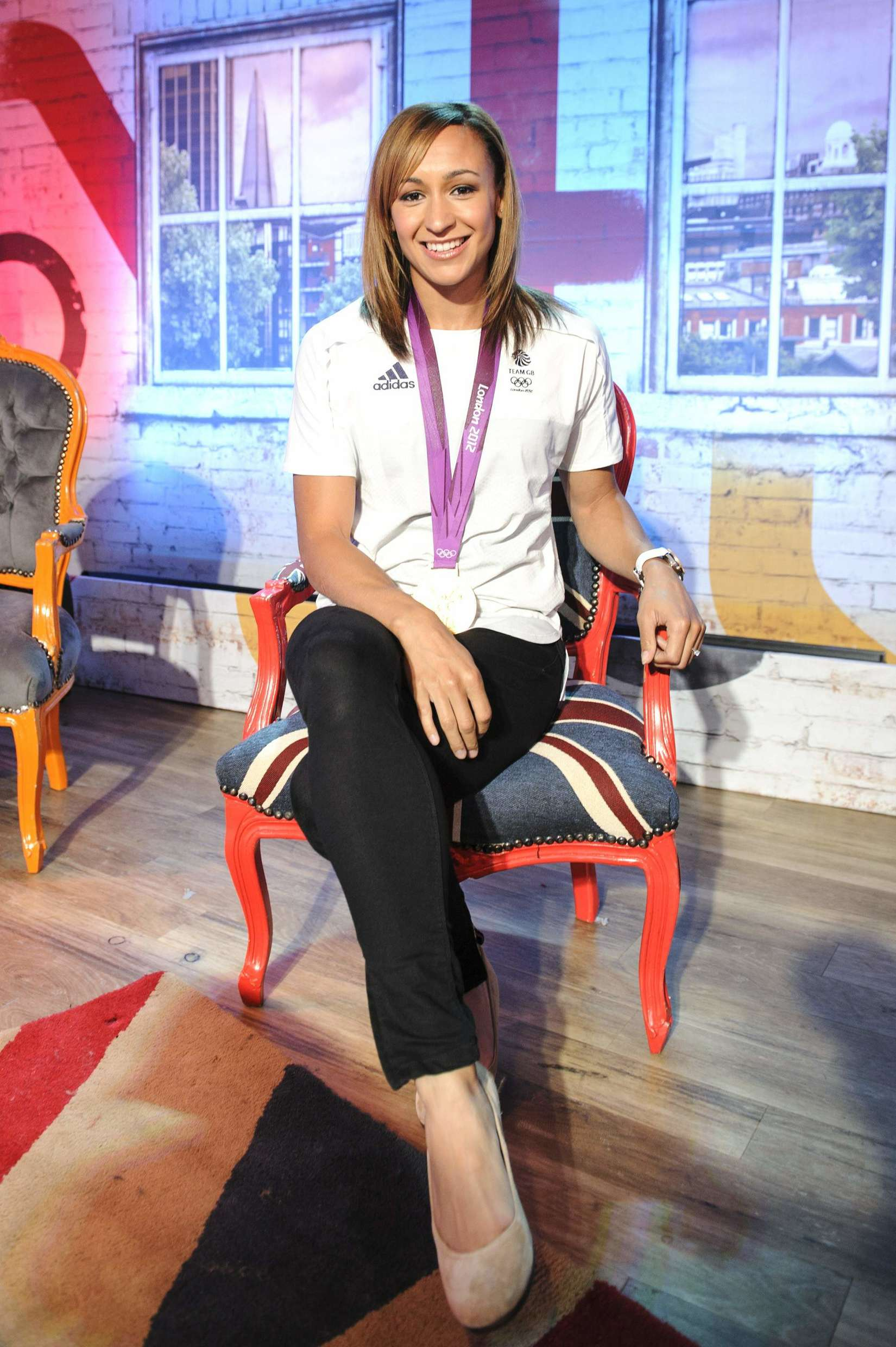 Jessica Ennis 2013 : Jessica Ennis at Coca-Cola Presents Beat TV showing daily -05