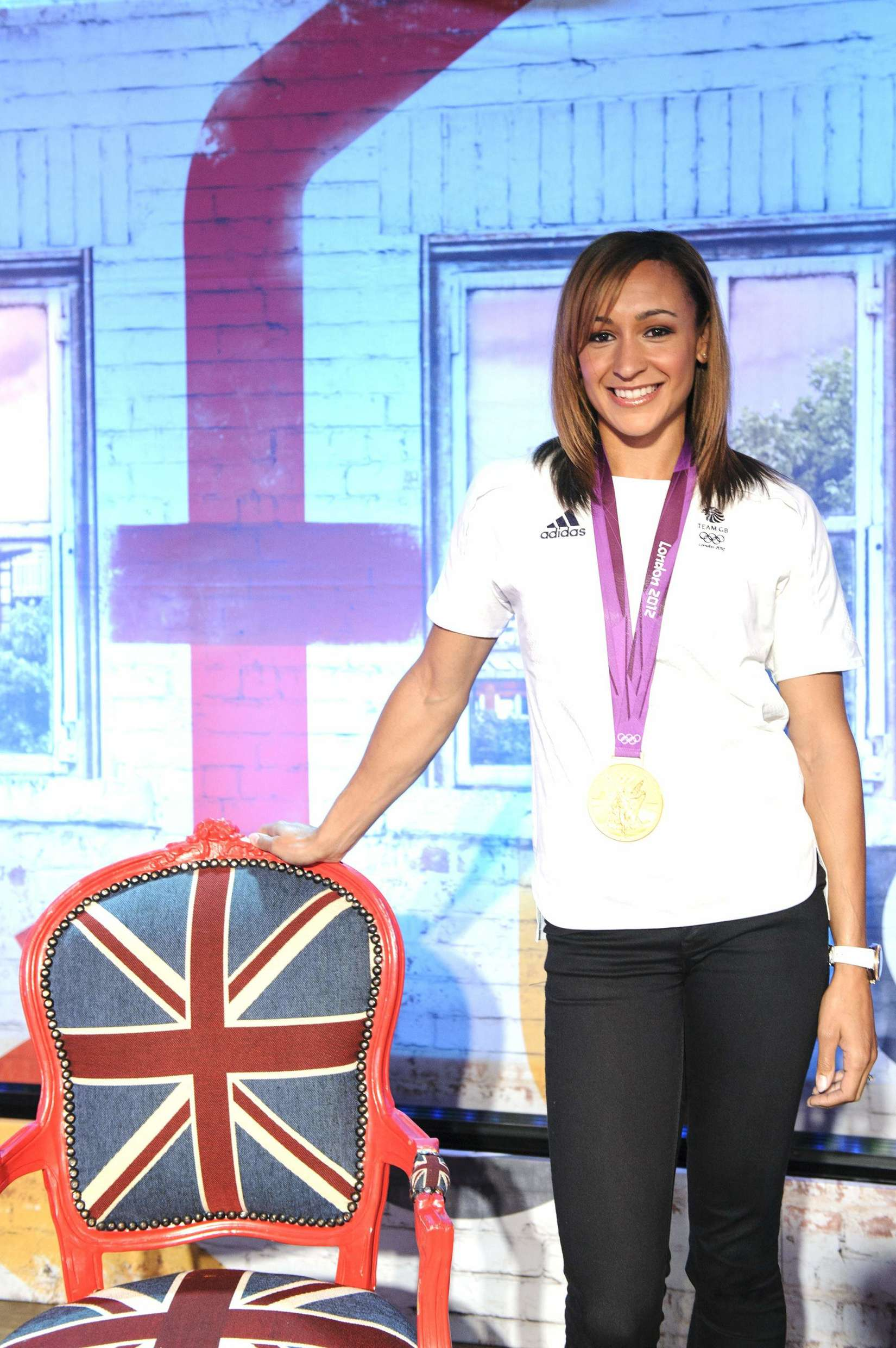 Jessica Ennis 2013 : Jessica Ennis at Coca-Cola Presents Beat TV showing daily -09