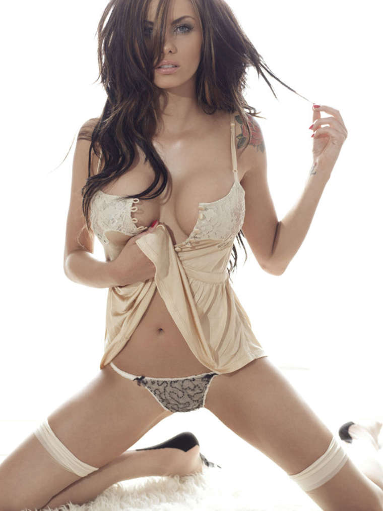 Jessica Jane Clement – Nuts Magazine UK-01
