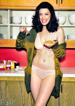 Jessica Pare in Esquire Magazine -02