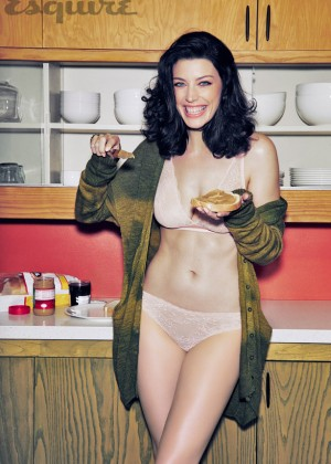Jessica Pare in Esquire Magazine -06