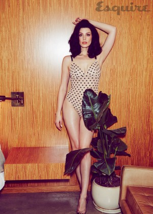 Jessica Pare in Esquire Magazine -09