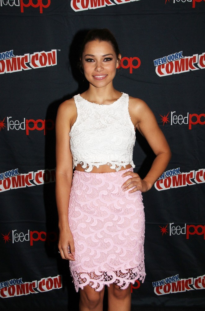 Jessica Parker Kennedy - promoting Black Sails at Comic-Con in NY
