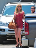 jessica-simpson-cleavage-candids-in-los-angeles-16
