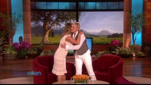 jessica-simpson-cleavage-on-the-ellen-show-07
