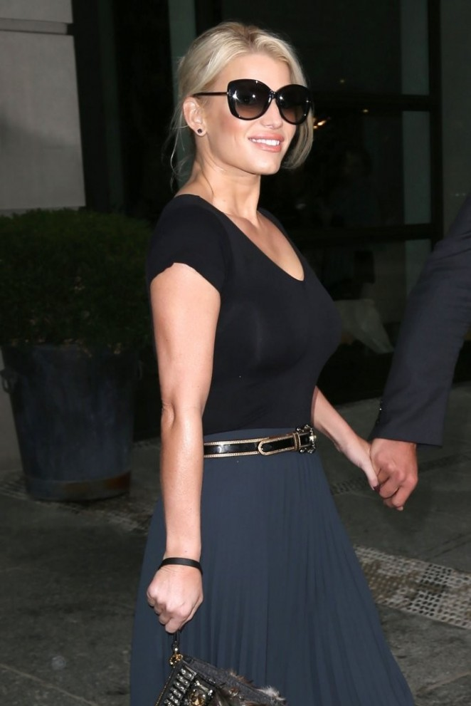 Jessica Simpson - Leaving her hotel in New York City