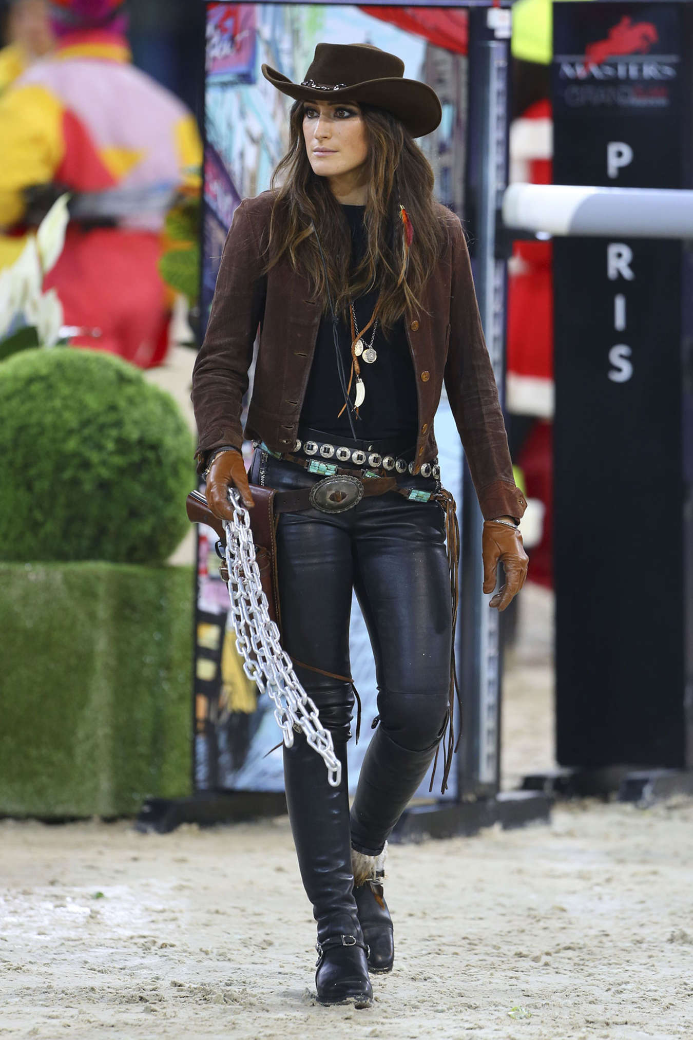jessica springsteen  u2013 gucci horse riding masters in paris