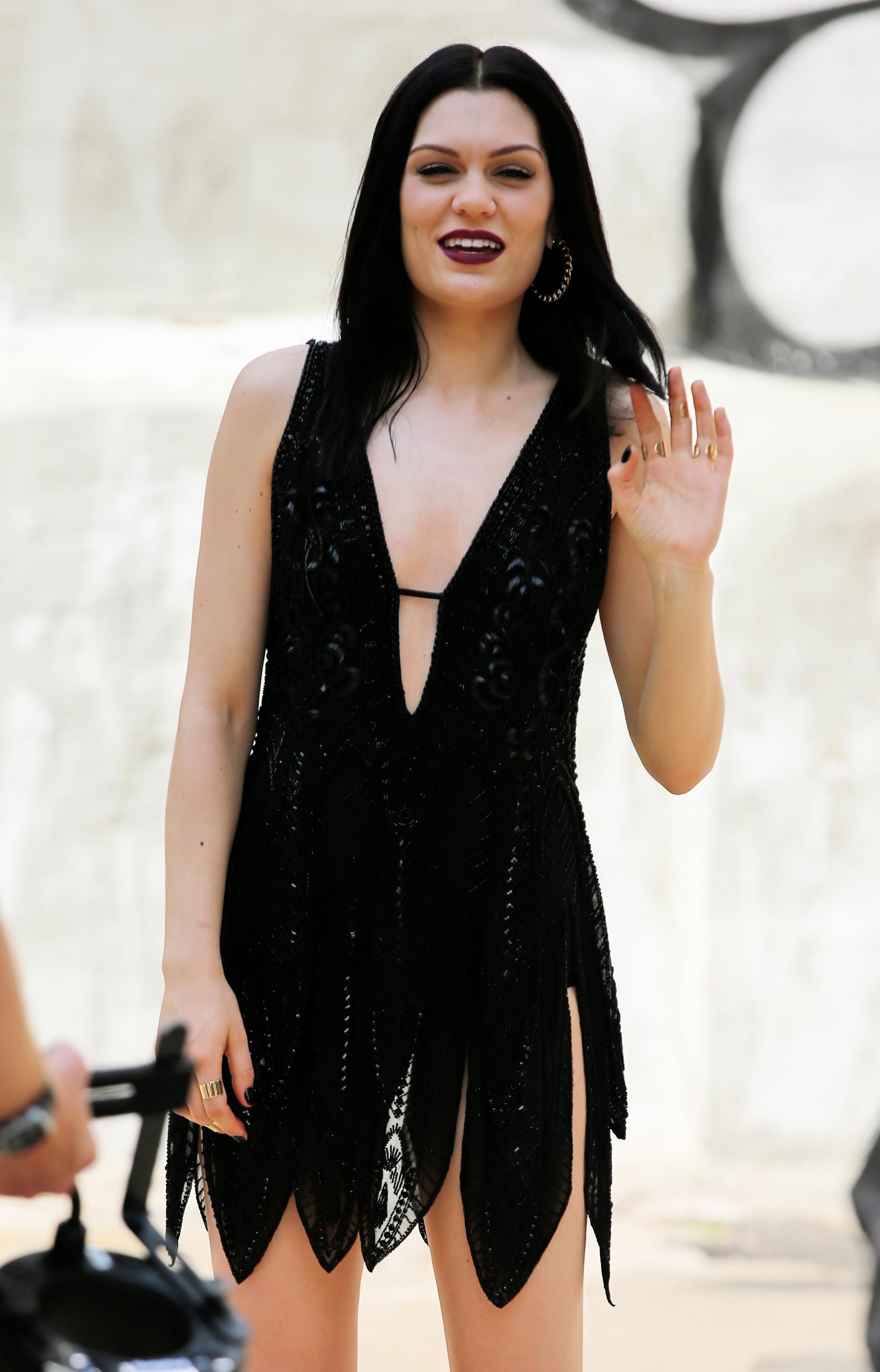 Mini Las Vegas >> Jessie J: Hot Photoshoot -25 | GotCeleb