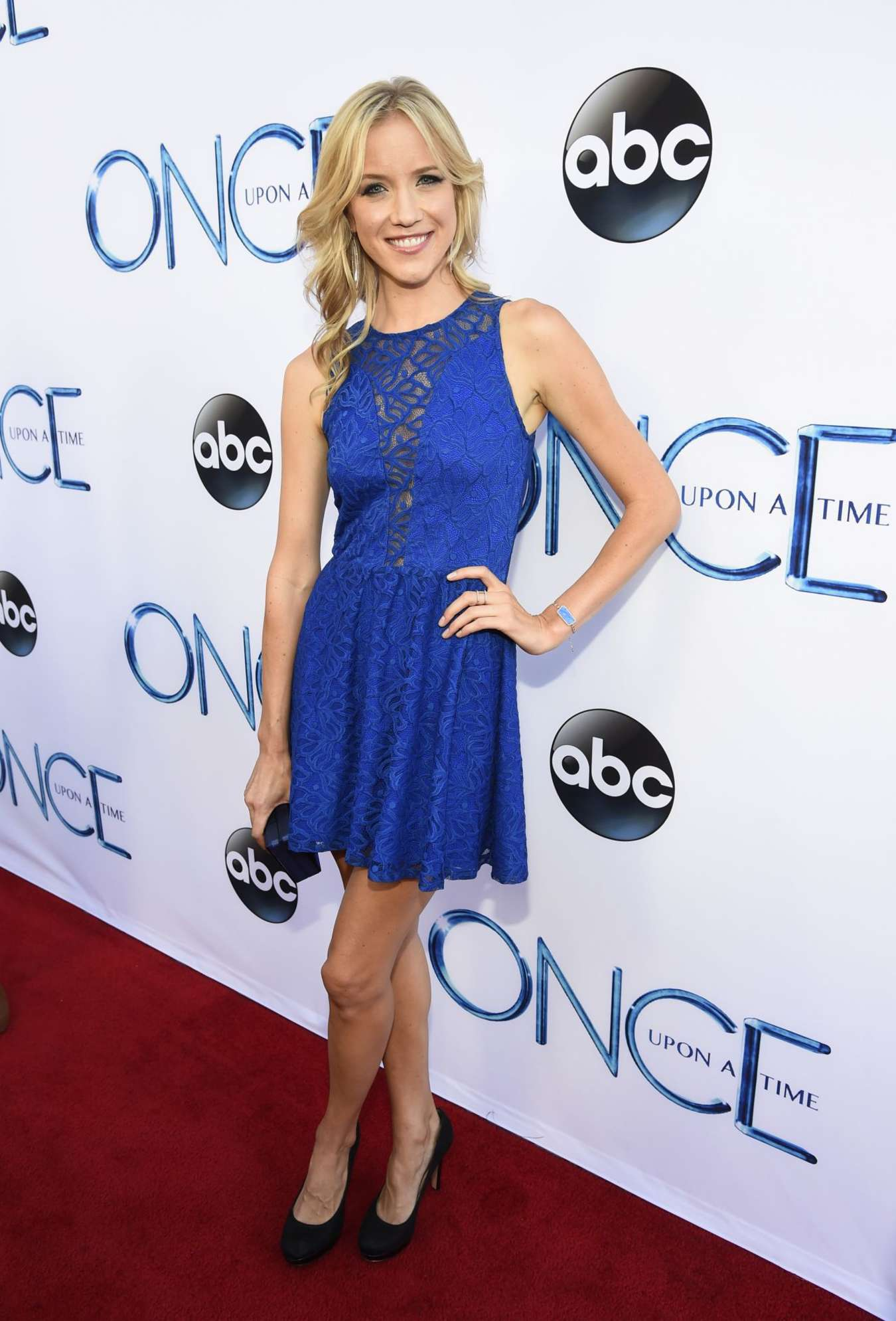 Jessy Schram Quot Once Upon A Time Quot Season 4 Screening After