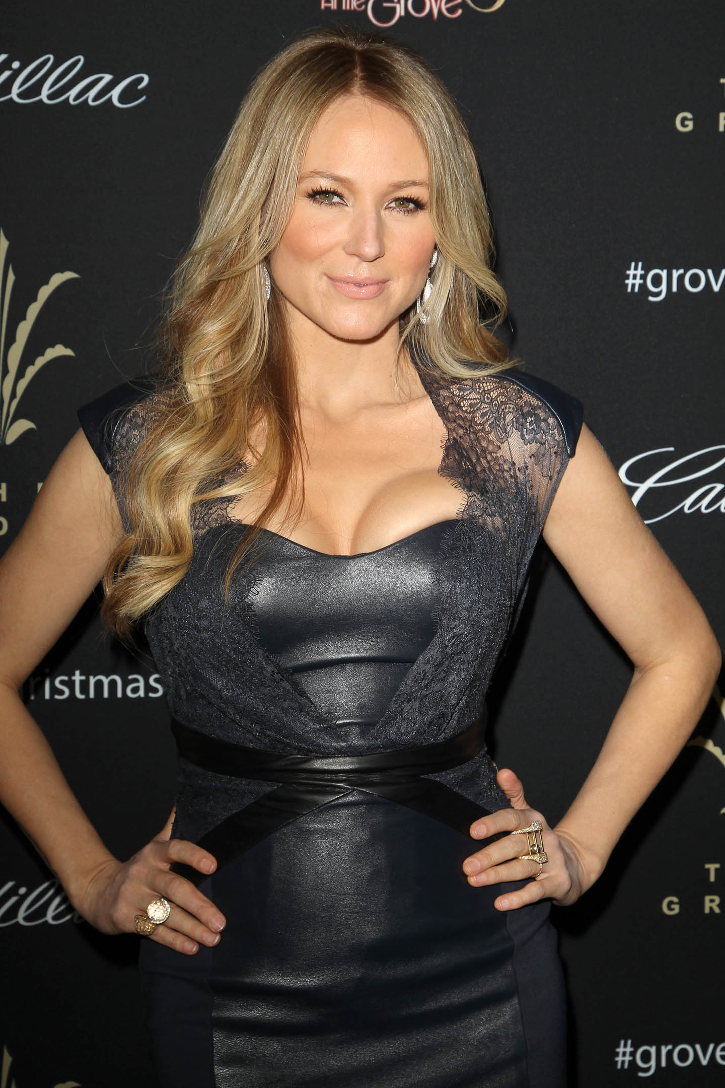 post Jewel – 11th Annual Tree Lighting Ceremony at The Grove in LA