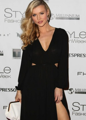 Joanna Krupa: 2014 Style Fashion Week -09
