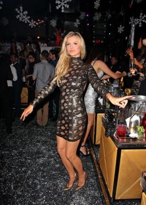 Joanna Krupa in Tight Dress at Mynt Club -10