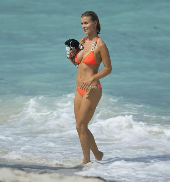 Joanna Krupa 2013 : Joanna Krupa in a orange bikini in Miami-11