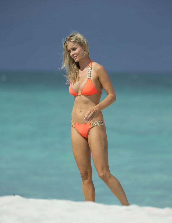 Joanna Krupa 2013 : Joanna Krupa in a orange bikini in Miami-15
