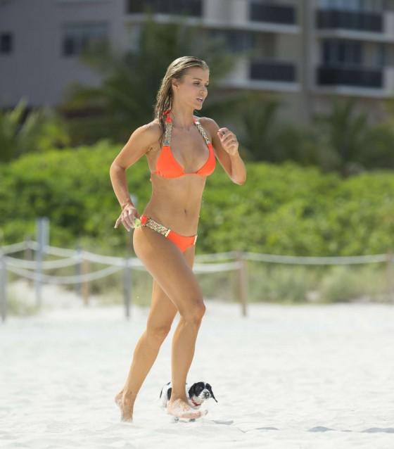 Joanna Krupa 2013 : Joanna Krupa in a orange bikini in Miami-17