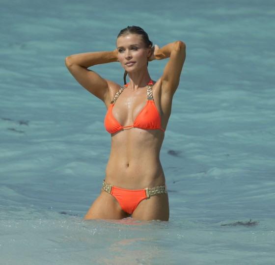 Joanna Krupa 2013 : Joanna Krupa in a orange bikini in Miami-22