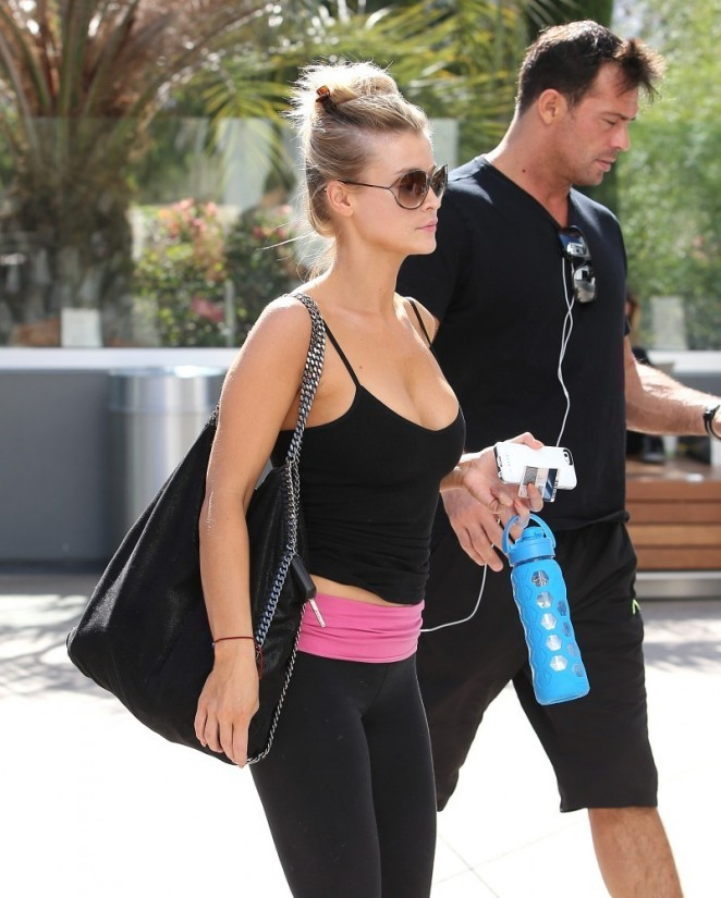 Joanna Krupa – Going to a gym in Los Angeles