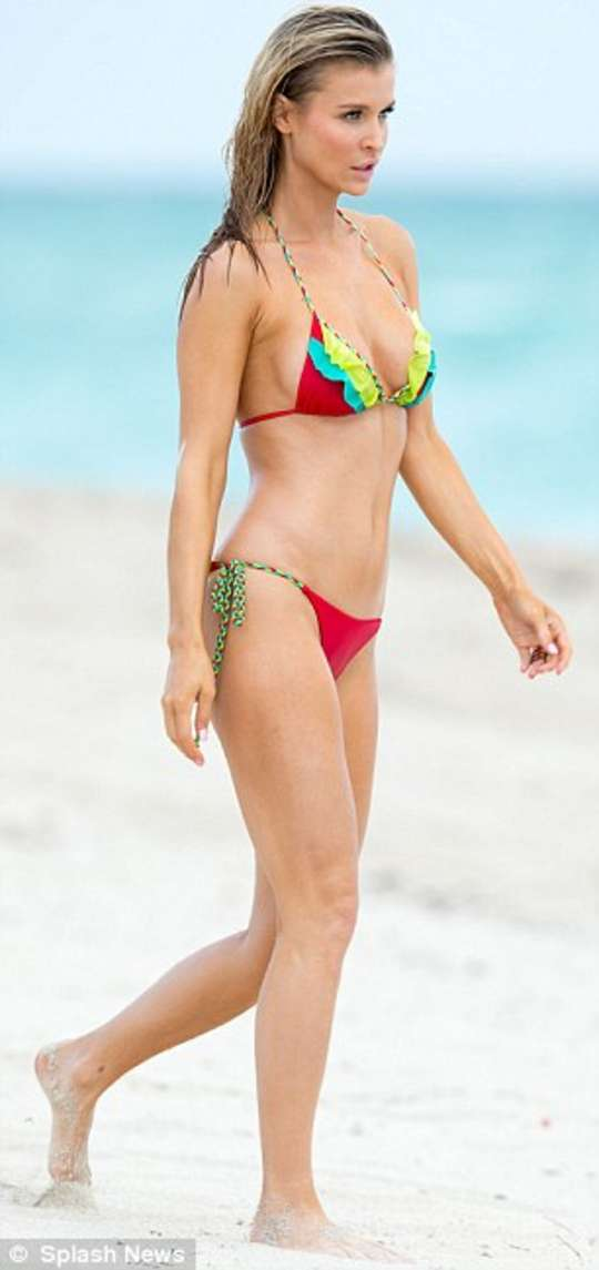 Joanna Krupa in new bikini candids in Miami