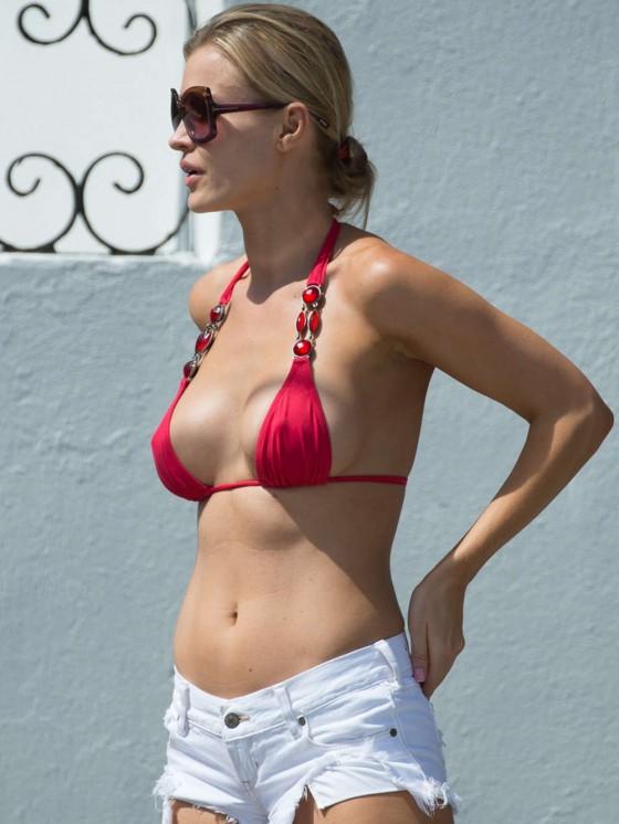 Joanna Krupa in Bikini Top out in Miami