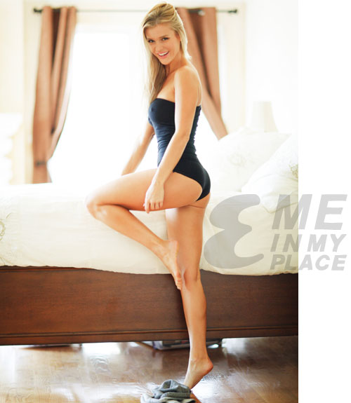 Joanna Krupa - Me in My Place Esquire-01