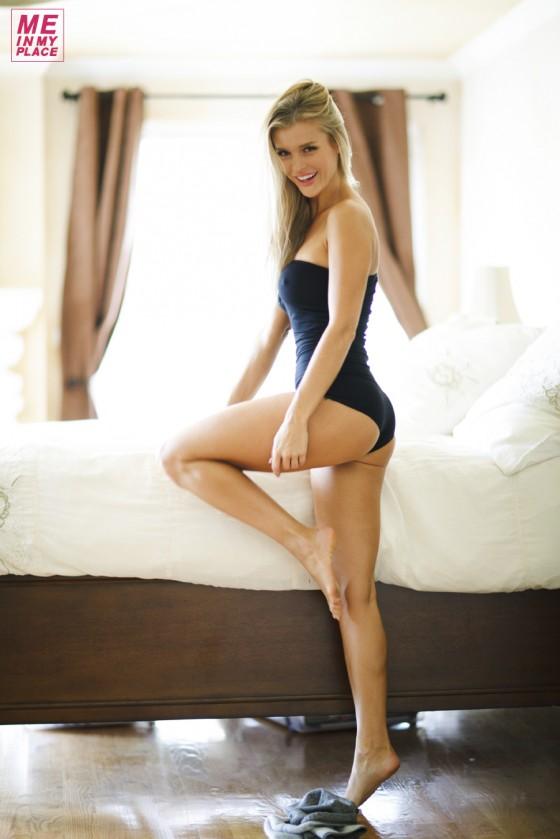 Joanna Krupa 2013 : Joanna Krupa – Me in My Place Esquire-39