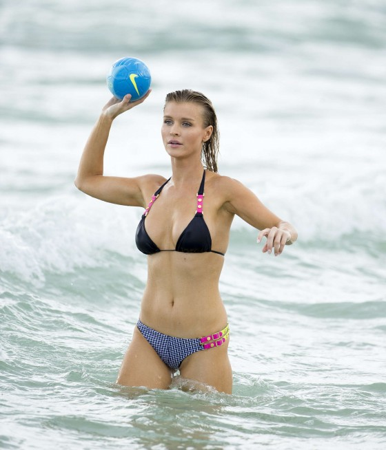 Joanna Krupa – wearing a bikini at a beach in Miami -02